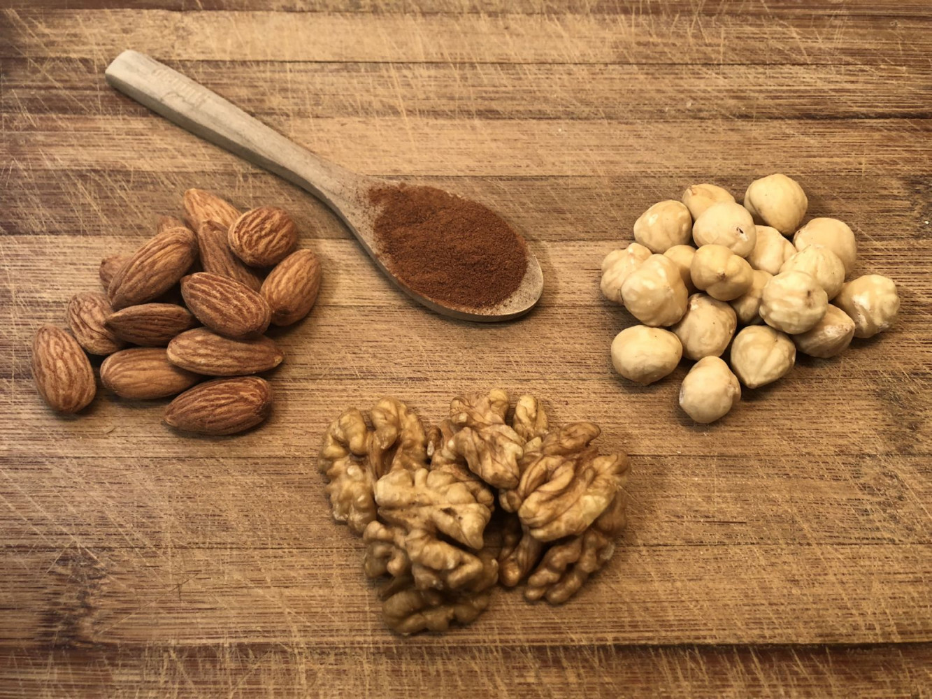 Five Simple and Healthy Snacks with Protein