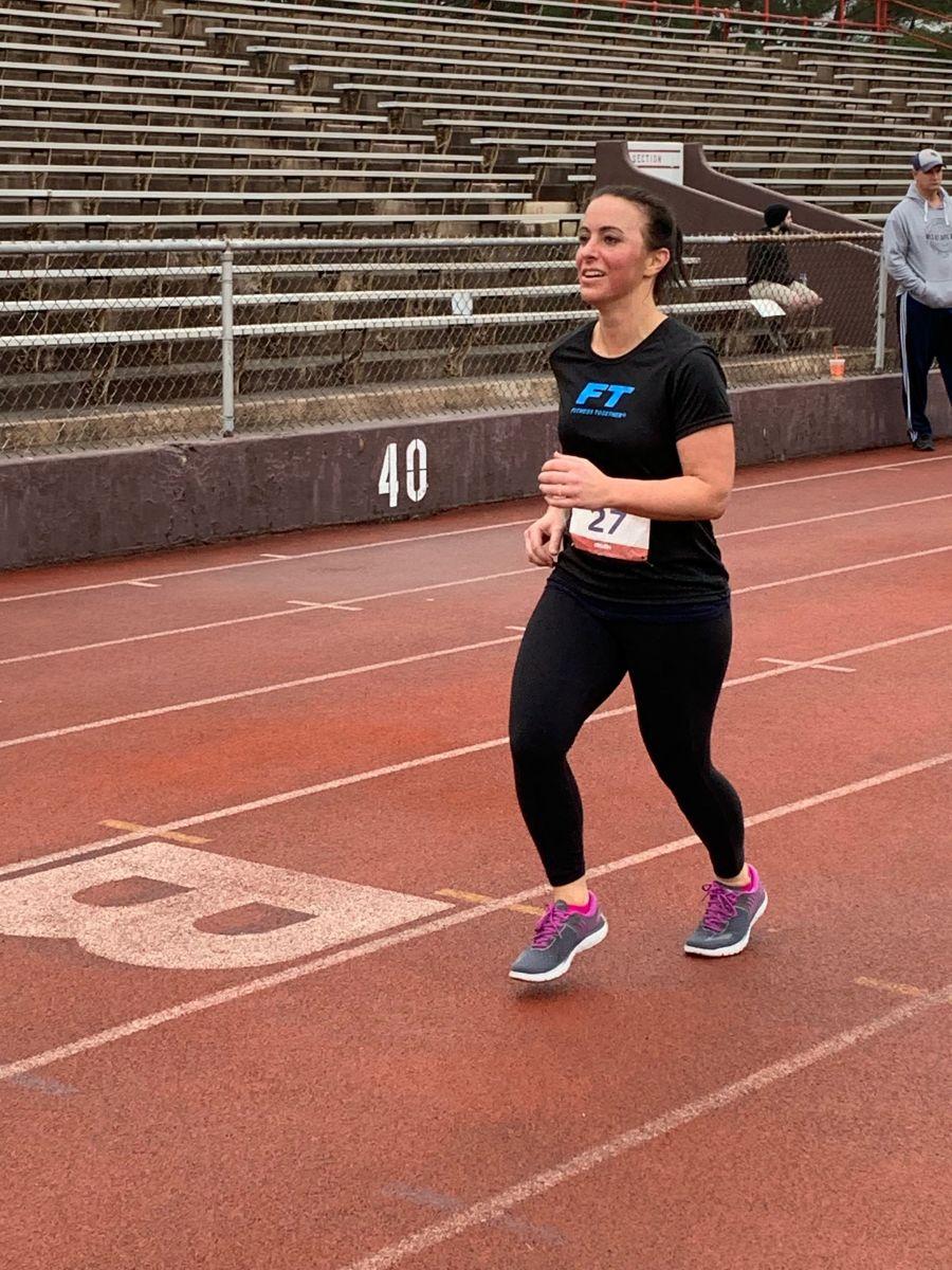 A women running the 5K