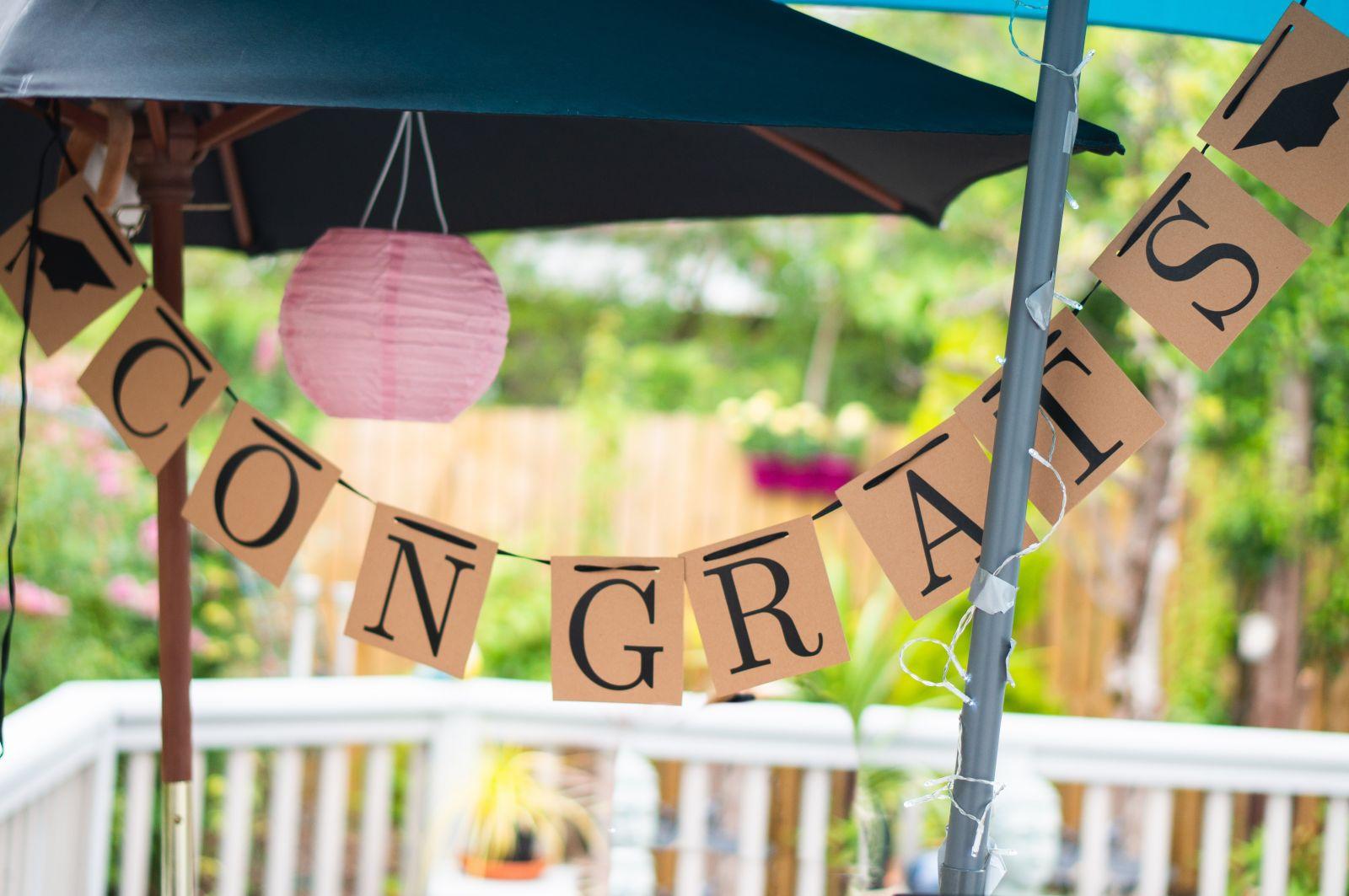 congrats banner